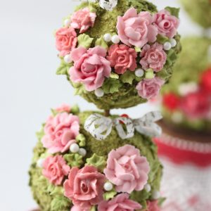 julia topiary2